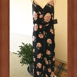 💕NWT inTu Floral Maxi Dress from Nordstrom